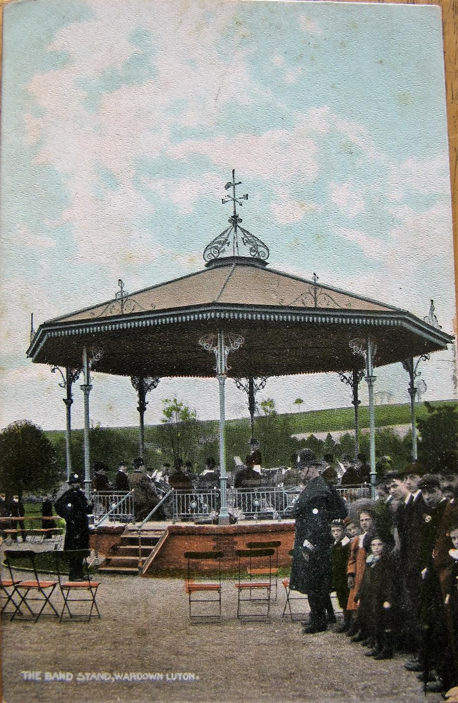 image of Bandstand at Wardown Park Luton